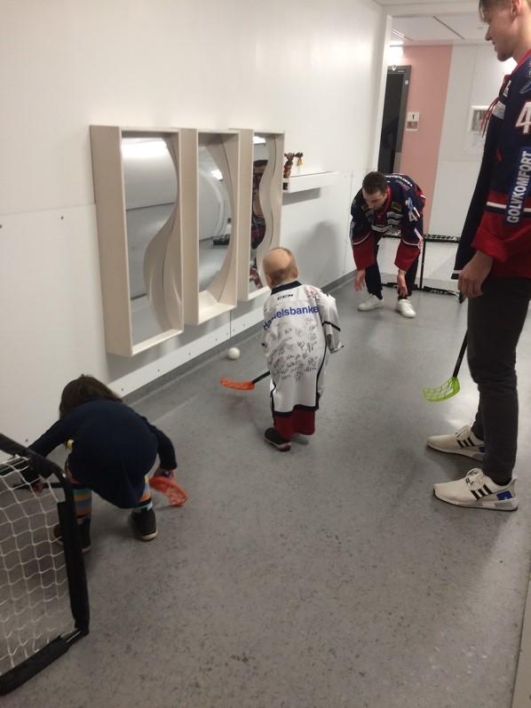 LFC/LHC julfest på barnkliniken