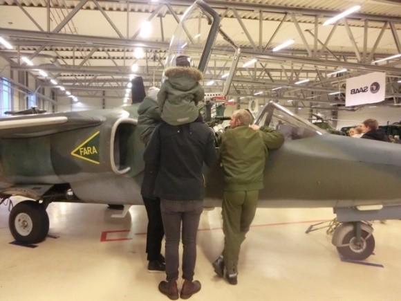 Flygplan - Kanske har vi ett gäng blivande piloter